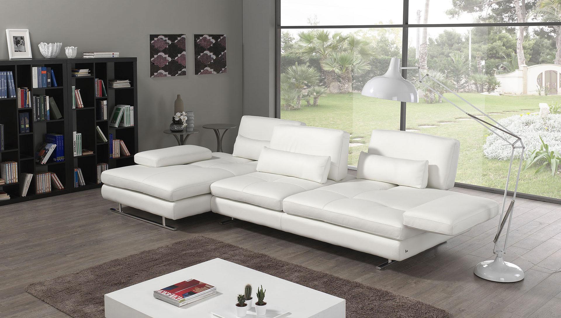divani-nicoletti-home-comodus-arredamenti-nicoletti-interni-interior-design-divani-complementi-arredo-mobili-design-accessori-matera