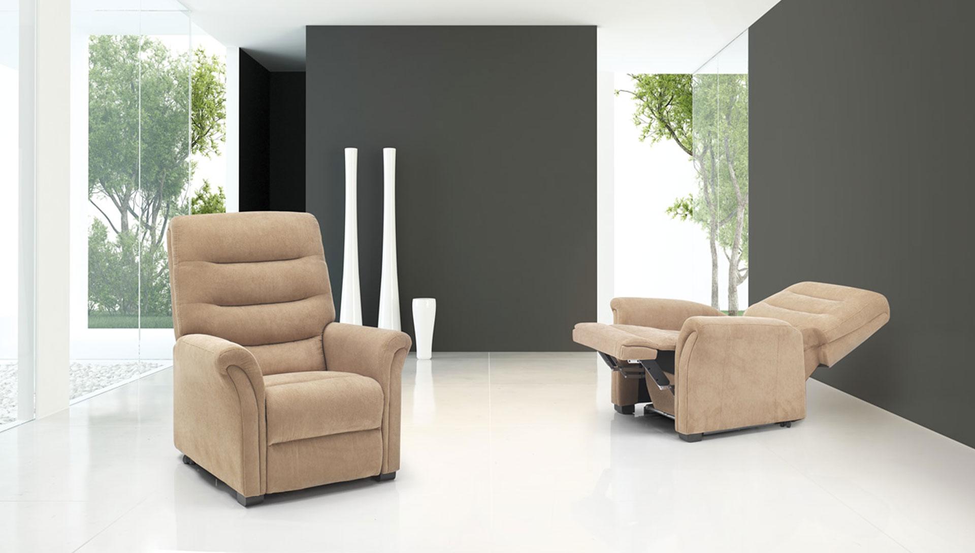 divani-spazio-relax-comodus-arredamenti-nicoletti-interni-interior-design-divani-complementi-arredo-mobili-design-accessori-matera