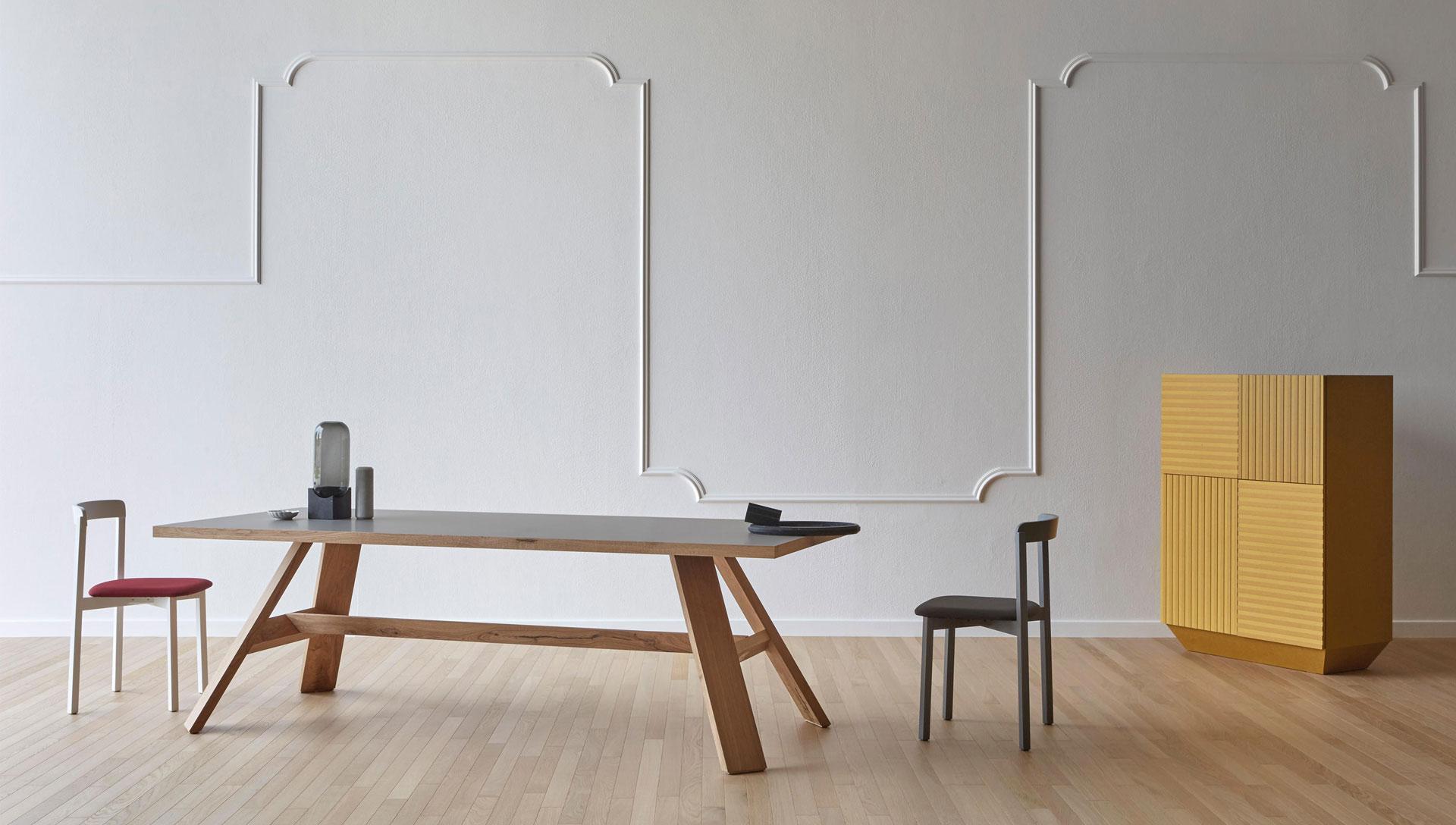 zona-giorno-miniforms-comodus-arredamenti-nicoletti-interni-interior-design-divani-complementi-arredo-mobili-design-accessori-matera