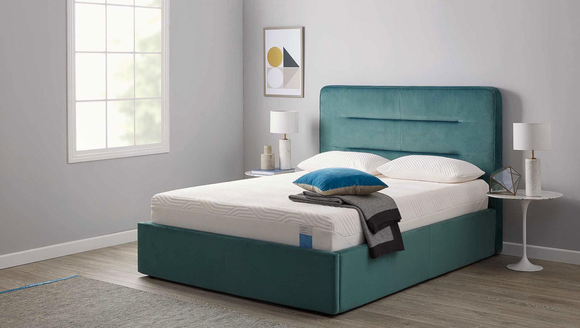 zona-notte-tempur-comodus-arredamenti-nicoletti-interni-interior-design-divani-complementi-arredo-mobili-design-accessori-matera