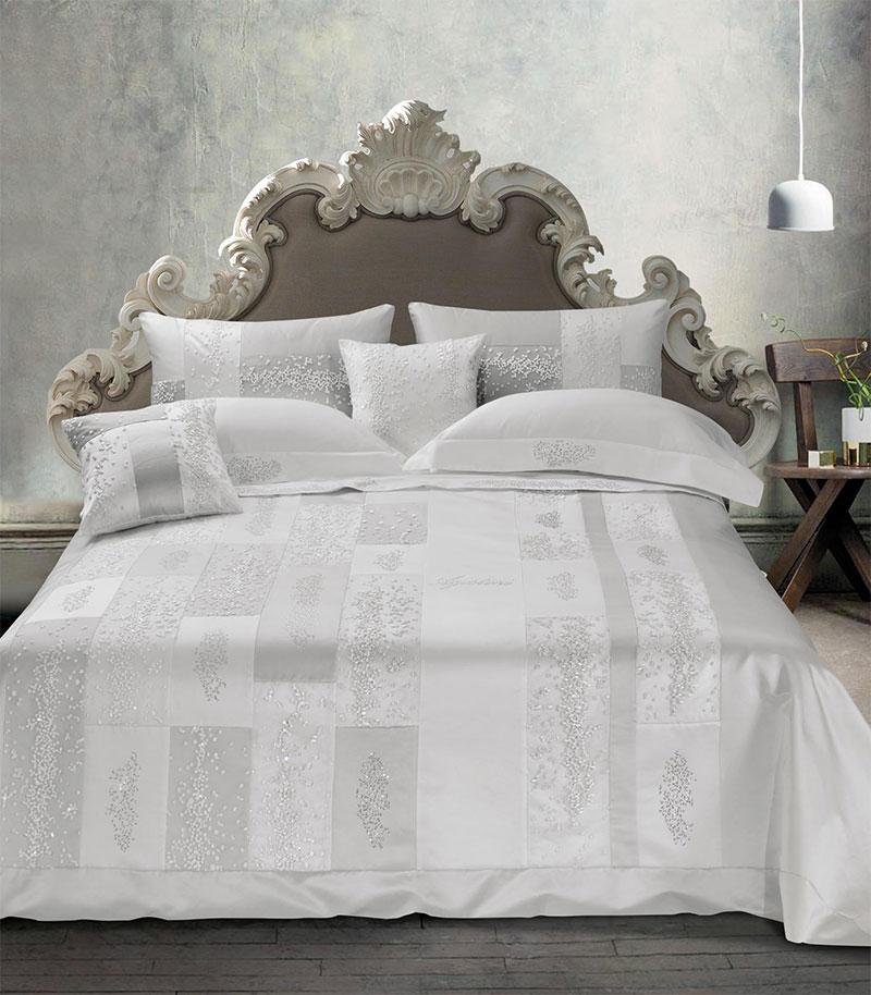 letto-homewear-1-comodus-arredamenti-nicoletti-interni-interior-design-divani-complementi-arredo-mobili-design-accessori-matera