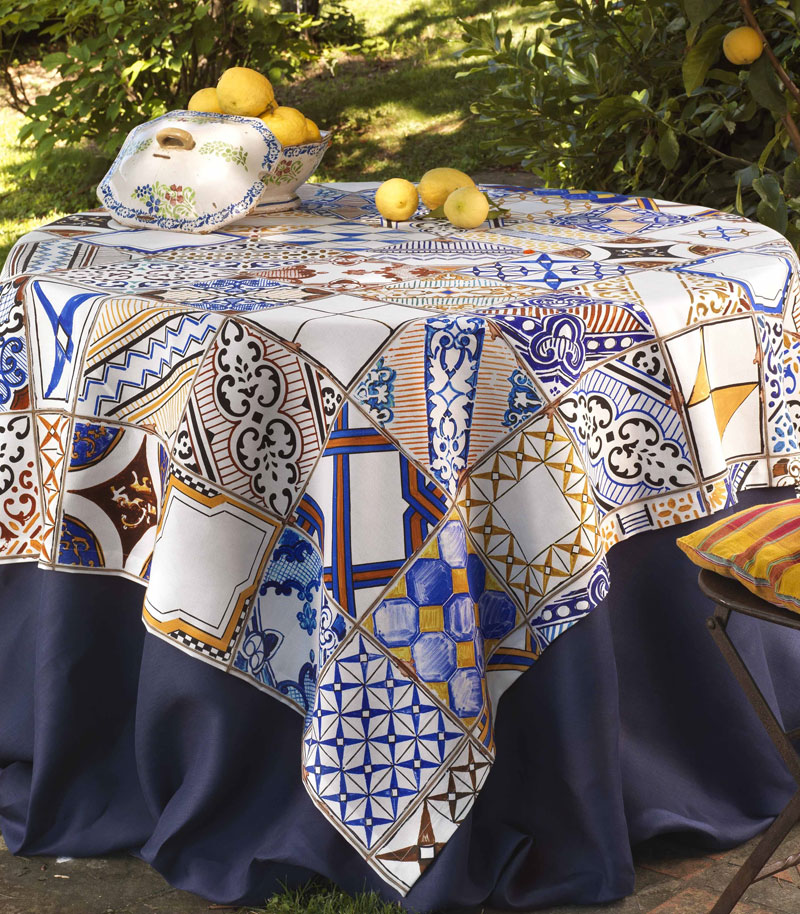 tavola-2-comodus-arredamenti-nicoletti-interni-interior-design-divani-complementi-arredo-mobili-design-accessori-matera