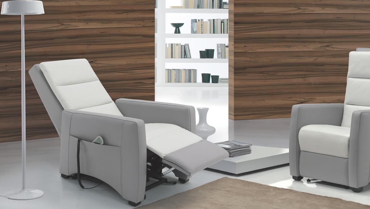 poltrona-relax-4-nicoletti-home-comodus-arredamenti-nicoletti-interni-interior-design-divani-complementi-arredo-mobili-design-accessori-matera